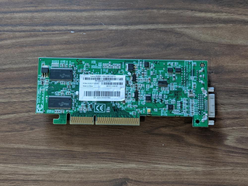 ATI Radeon 9600 SE 128MB APG Low profile